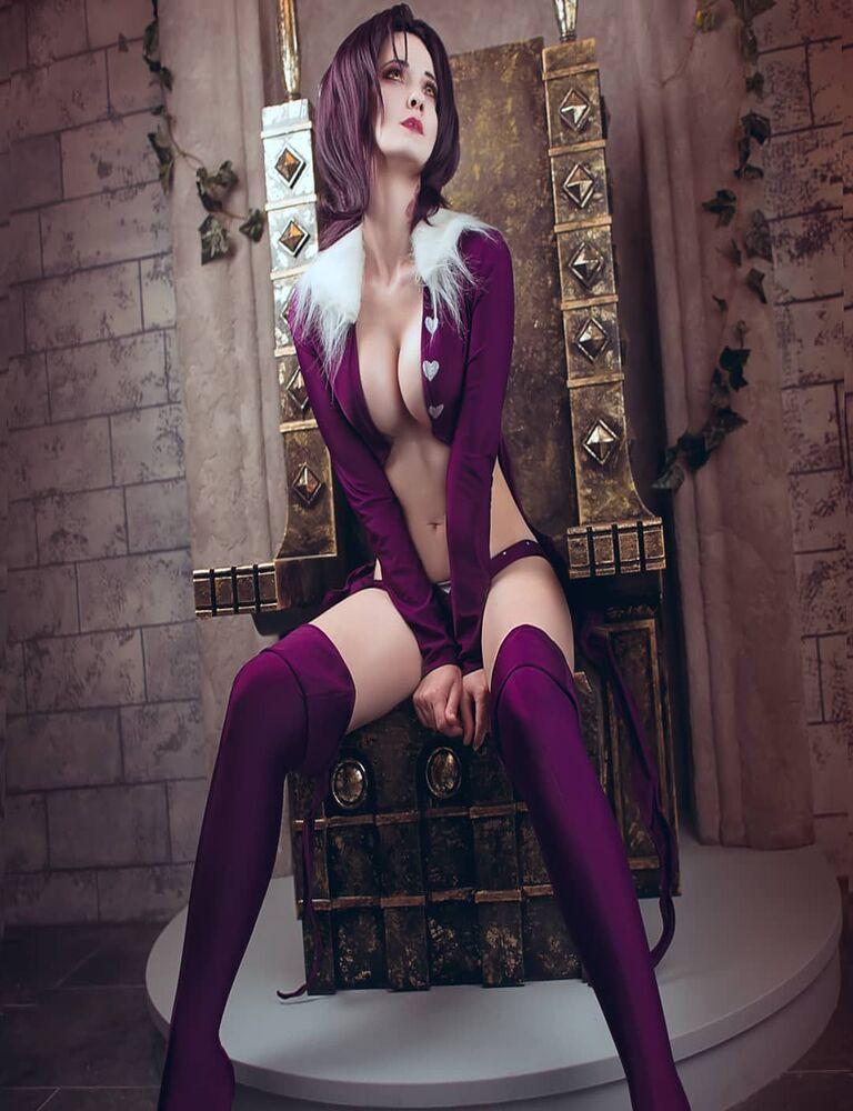 Поклонница Семи смертных грехов создала красивый косплей Мерлина фото 1